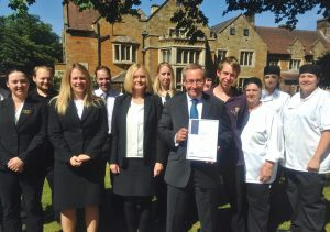 Sundial Recognised as Outstanding Employer by Investors in People